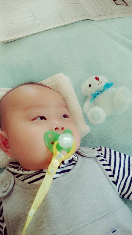 これなんだ~??の赤ちゃん写真