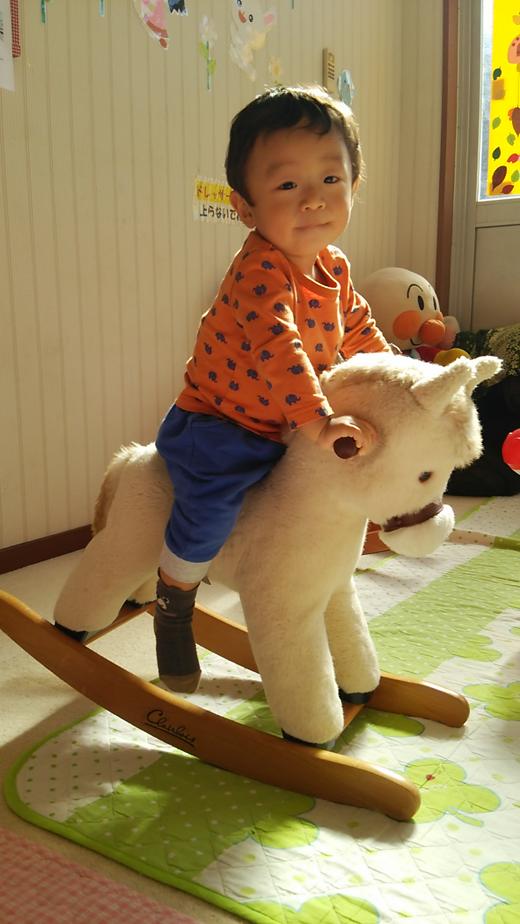 騎手の赤ちゃん写真