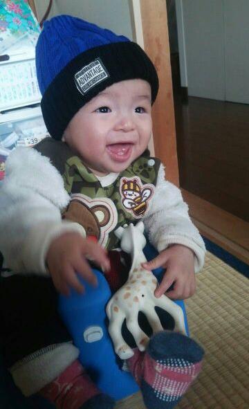 満面の笑みの赤ちゃん写真