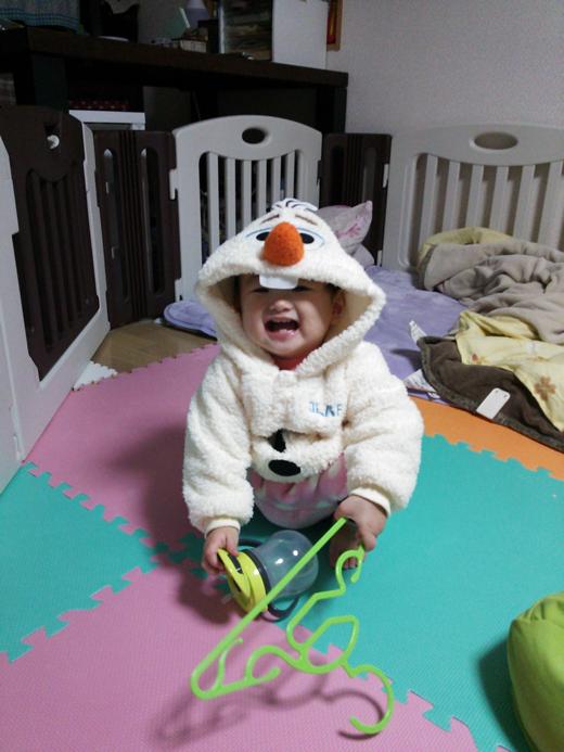 ぎゅーっと抱きしめて♪の赤ちゃん写真