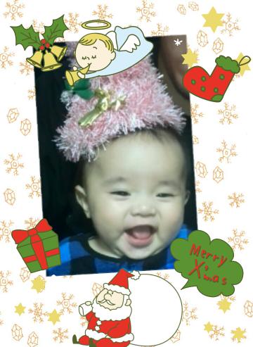 初めてのクリスマスの赤ちゃん写真