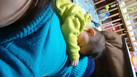 う、動けない(笑)の赤ちゃん写真