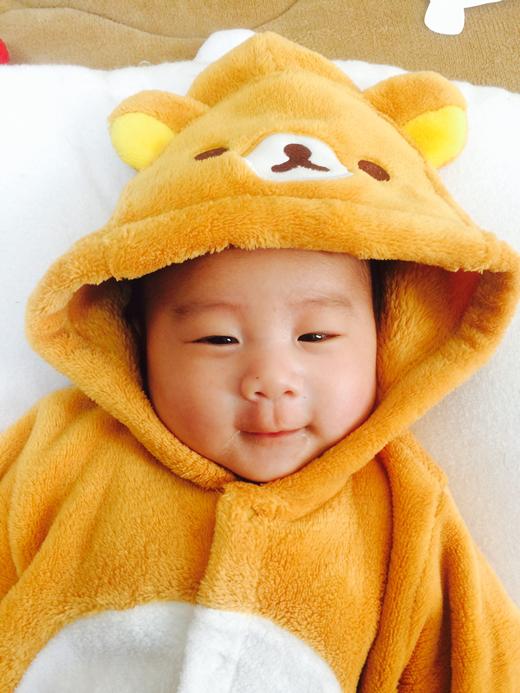 にこにこの赤ちゃん写真