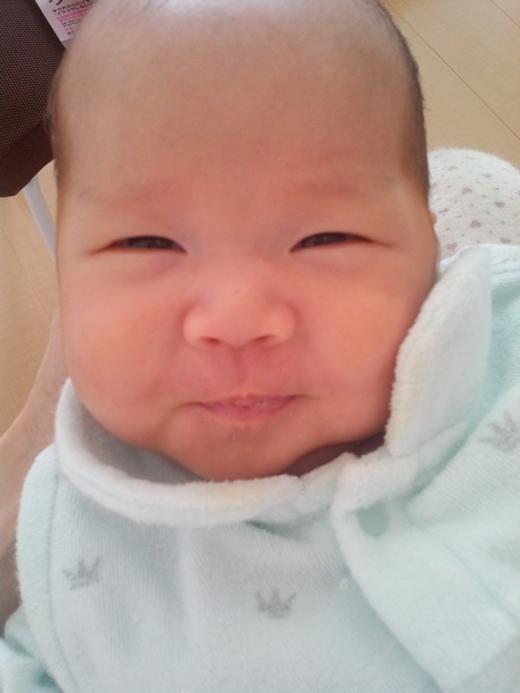 ご機嫌♪の赤ちゃん写真