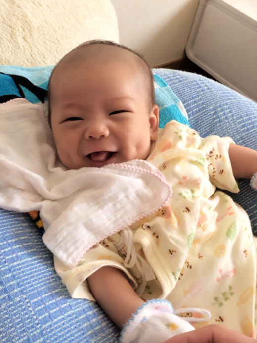 エクボちゃんの赤ちゃん写真
