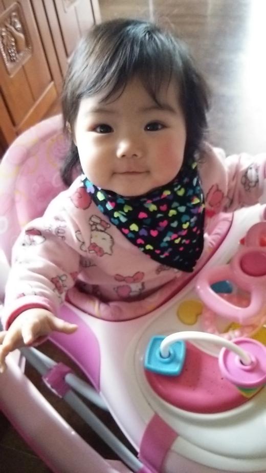 マシーンに乗ってご機嫌☆の赤ちゃん写真