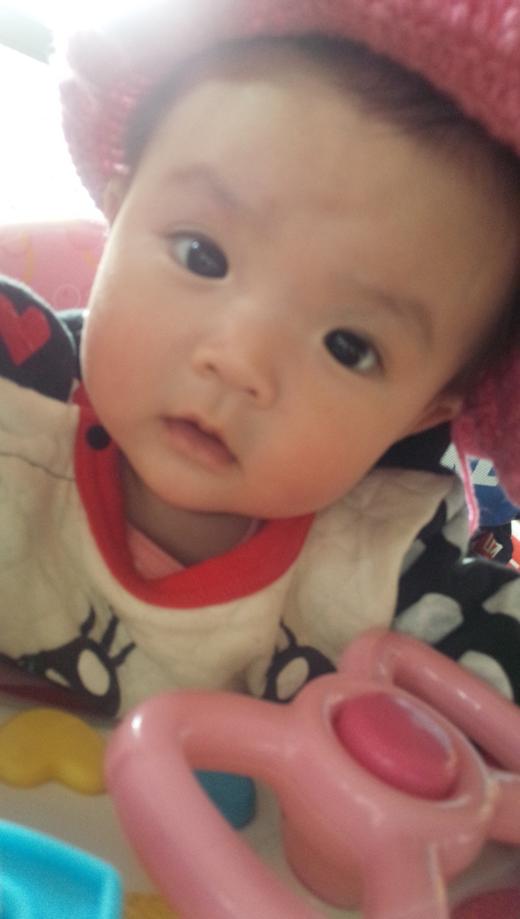 帽子似合う赤ちゃん写真