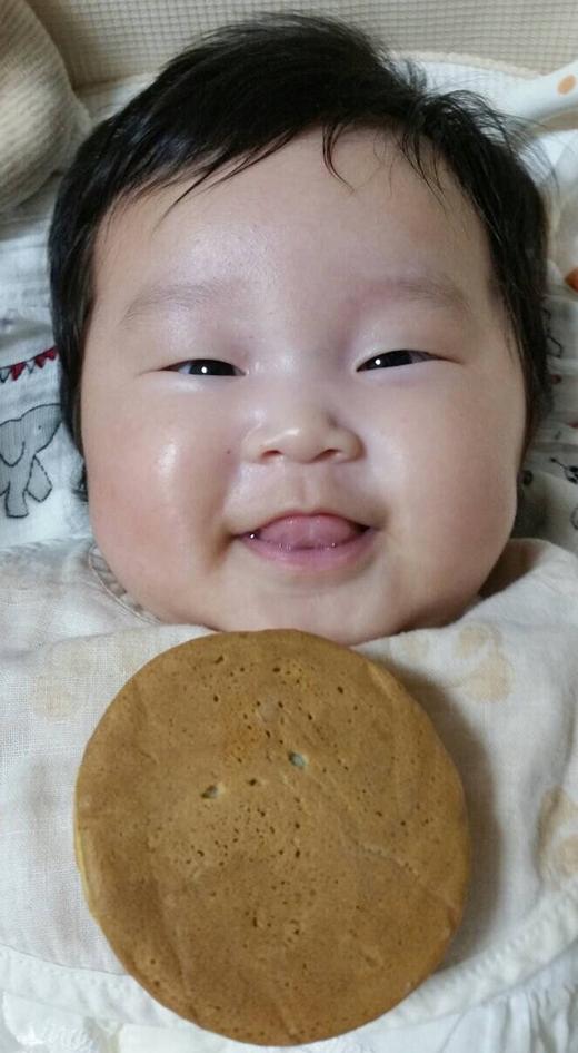 どっちがお好きですか?の赤ちゃん写真