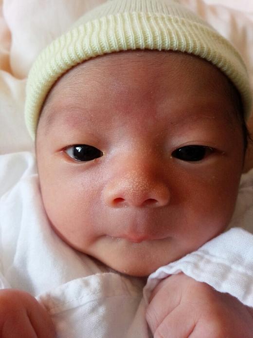 産まれてきてくれてありがとう♪の赤ちゃん写真