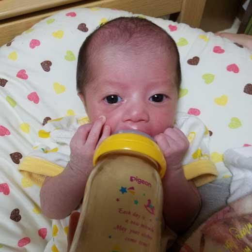 みんなの赤ちゃん写真館:しずくちゃん